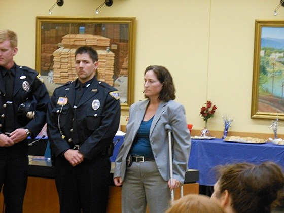 Officer Deni Poling receives purple star