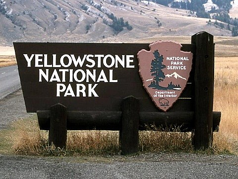 Yellowstone Sign