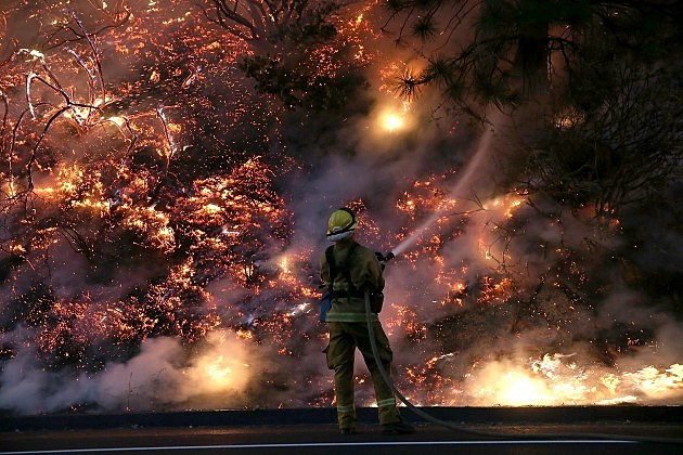 Rim Fire Continues to burn