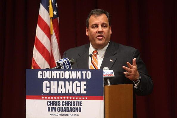 NJ Republican Candidate Christie Campaigns