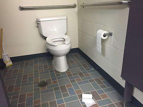 odd missoula ordinances regulate 39 phonographs 39 spitting and toilet paper. Black Bedroom Furniture Sets. Home Design Ideas
