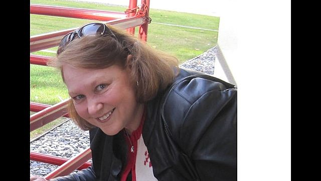 Authorities look for missing woman in Mineral Co
