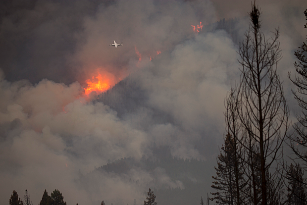 Fire east of Eureka grows overnight